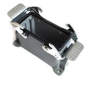 kryt zásuvky 16B sokl, montáž na povrch, kov, dva zámky