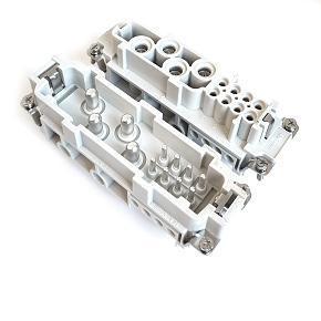 velikost 24B «104x27» 4Px80A + 8Px16A, 500V + PE šroubové kontakty