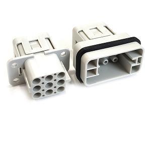 řada S-QD8/0 velikost  «32x13» 16A, 500V/6kV/3, 8P + P, krimpovací kontakty