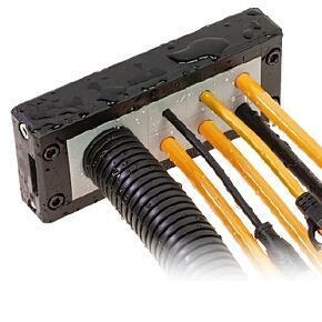REF24 - DĚLENÝ RÁMEČEK PRO 10 x RPP / 2 x RPG , UL94 V0, IP66, EN45545-2